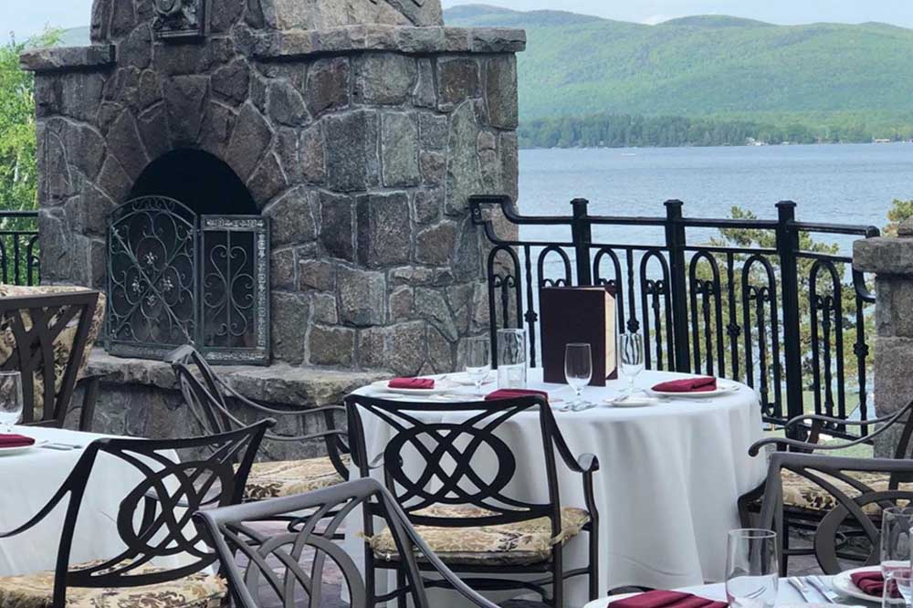 dining tables overlooking lake george